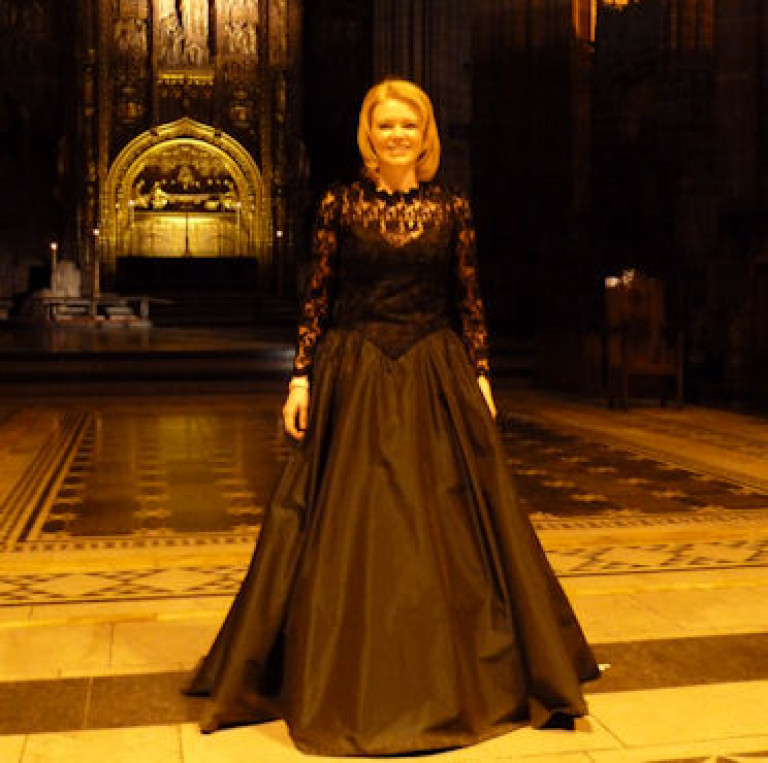Kathryn Rudge Clatterbridge Cancer Research Carol Concert. Liverpool Cathedral