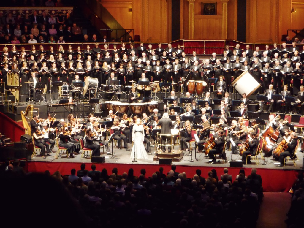 Kathryn performs with the Royal Philharmonic Orchestra, Karl Jenkins and Royal Choral Society at the Royal Albert Hall