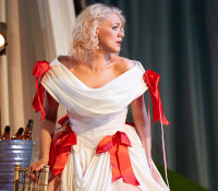 Cosi Fan Tutte, Dorabella; Photos, Reviews